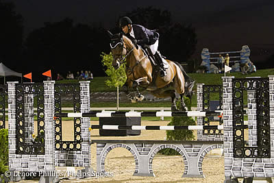 Jimmy Torano Sprints to Win in $50,000 Rood & Riddle Kentucky Grand Prix