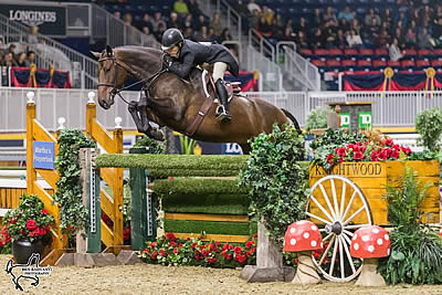 Isabelle Lapierre Captures $25,000 Knightwood Hunter Derby Victory