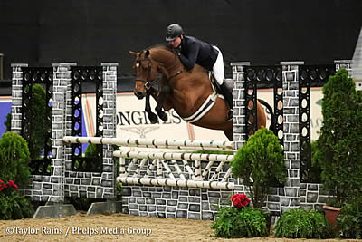 Inaugural $50k National Horse Show Hunter Classic Goes to Scott Stewart and Lucador