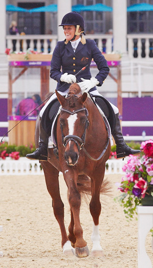 Australia's Joann Formosa and Worldwide PB are third after the Grade Ib team test.