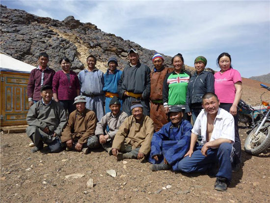 Groups of herders work together to collaborate in pasture management and improve livelihoods.