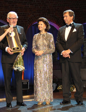 HM Queen Silvia with honorary FEI Bureau Member Eric Lette, left, recipient of the lifetime achievement award, and federation president Anders Mellberg during the gala evening celebrating the centenary of the Swedish Equestrian Federation.