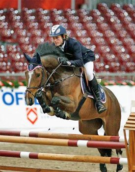 Cameron Hanley and SIEC Comet, pictured in 2009 when he was Ireland's Show Jumper of the Year.