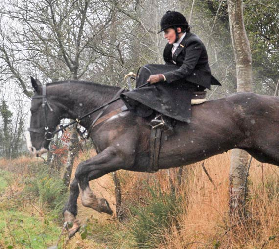 Ireland is hosting a sidesaddle hunting weekend last next month.