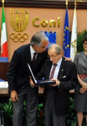 Raimondo D'Inzeo during the dell'AONI awards ceremony in May.