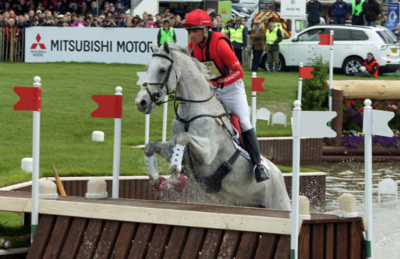 Paul Tapner and Kilronan lead going into the final jumping phase.