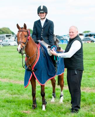 Thomas Tulloch and Spirit VI, 2014 Charles Owen National Pony champions.