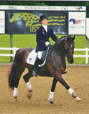 Jeanette Sassoon and Valiant perform at the USET Festival of Champions.