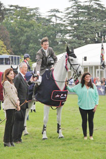 CCI3* winners Frances Whittington and Easy Target.