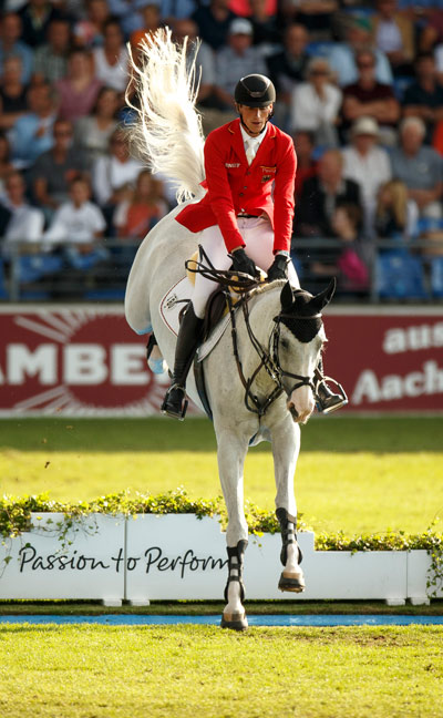 Daniel Deusser  and Cornet d´Amour for the Geran team, which is in third place behind France and The Netherlands.