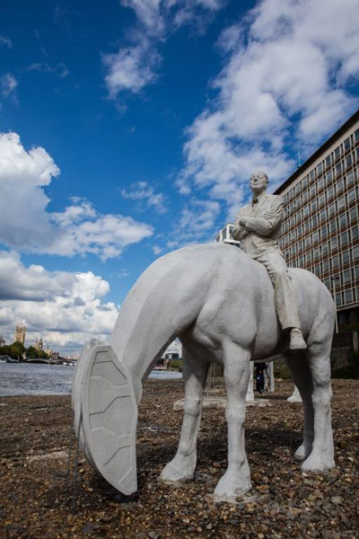horse-sculpture-5