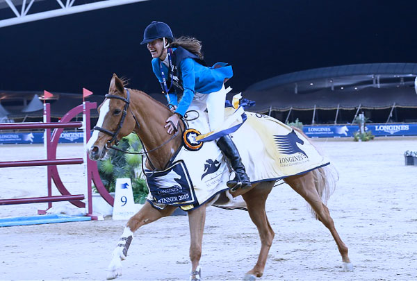 Luciana Diniz and Fit For Fun 13 on their victory lap.