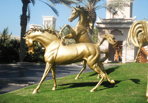 The beautiful golden horses of Al Qasr are a fitting welcome for horse-loving visitors to resort at Jumierah.