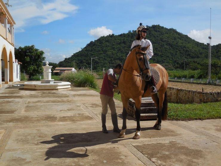Horse-Riding-Thailand-Khaoyai-Bangkok