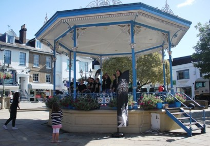 'Step Up & SIng' in the Carfax Bandstand