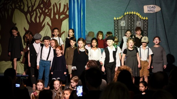 windinthewillows-3