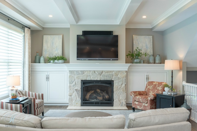 family room design & Project Highlight: Adding Custom Details to a 1990s Spec Home Family ...