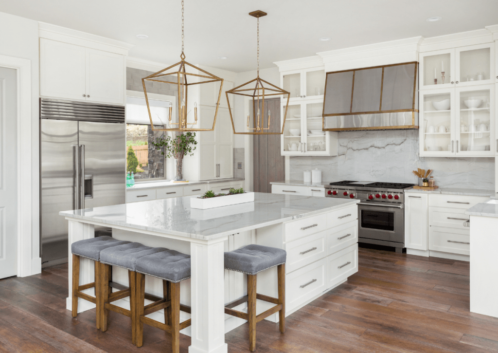 hoskins-interior-design-indianapolis-in-pandemic-home-industry-luxury-kitchen-with-white-cabinetry-1
