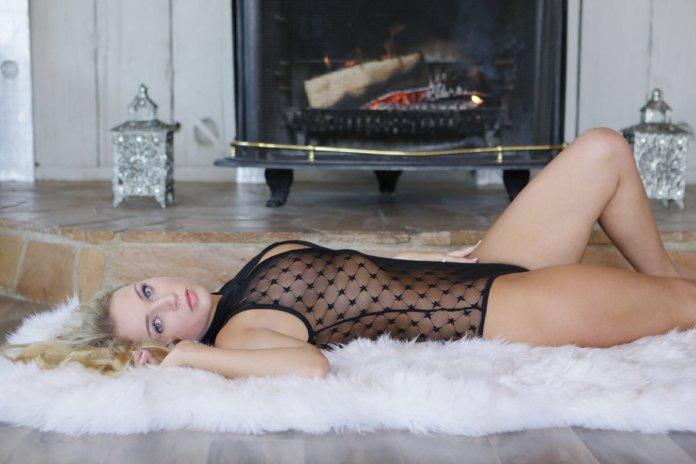 X-Art - Zoey Taylor in Perfectly Taylored photos album