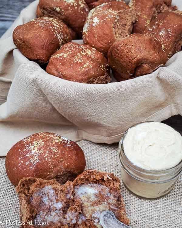 Sweet Molasses Brown Bread Rolls recipe