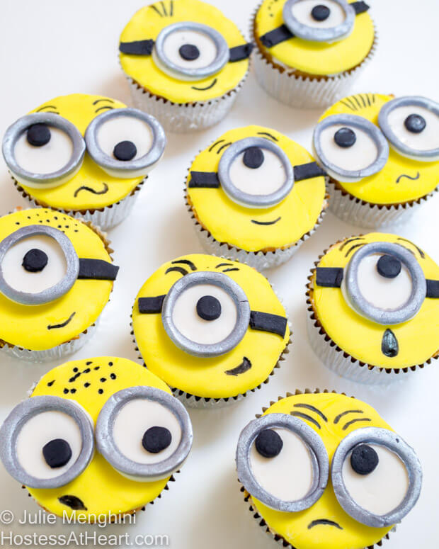 Making Minion Cupcakes is the perfect project to make with children of any age. | Hostess At Heart