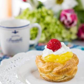Puff Pastry Baskets with Creamy Lemon Filling