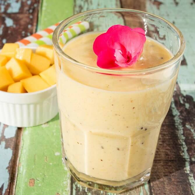 Mango Kiwi Smoothie In Three Simple Steps