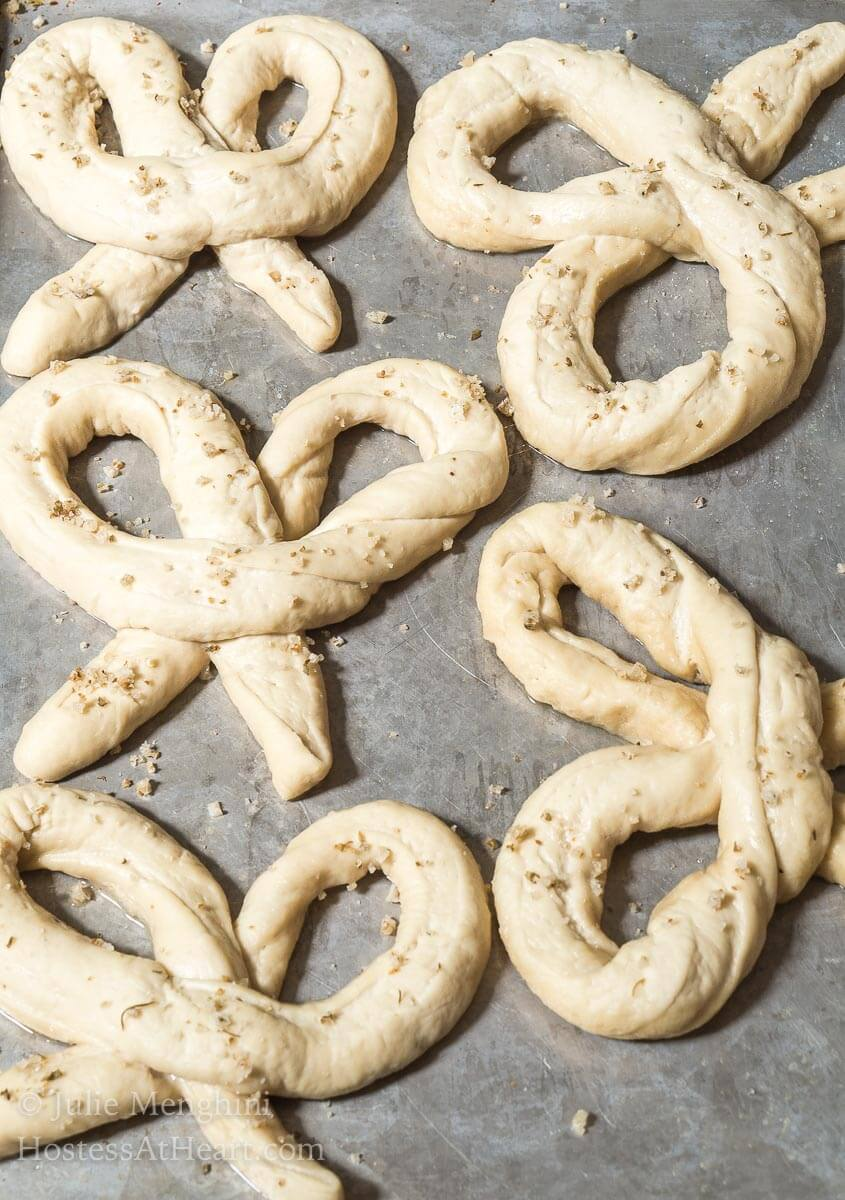 This German Soft Pretzel recipehas that perfect pull when you bite into them but a soft and tendercenter. These pretzels are so good you don't even need adipping sauce. | HostessAtHeart.com
