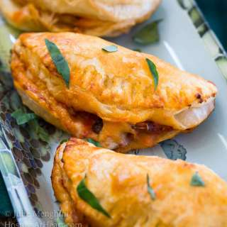 Baked Italian Cheese Mushroom Empanada Recipe