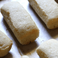 Homemade Twinkies This endeavor was in no way glamorous.  If nothing else, these Homemade Twinkies highlighted my ability to make something from nothing.  I knew I wanted to make Twinkies, […]