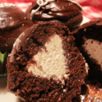 Thank you to Gloria for submitting this delicious Hostess Cupcake Clone recipe.  She credits Sarah R. Commerford at the Holliston Reporter. While out grocery shopping last week, I spied an […]