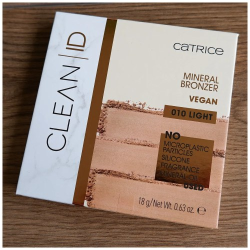 catrice clean id mineral bronzer review swatch limited edition 010 light makeup look application fair skin pale skin