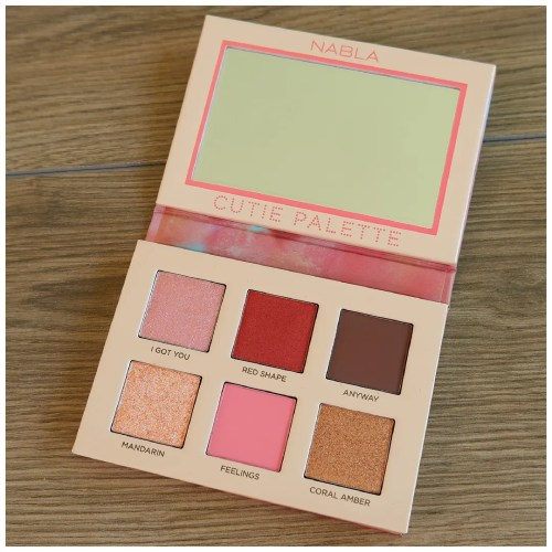nabla coral cutie eyeshadow palette review swatch makeup look application fair skin