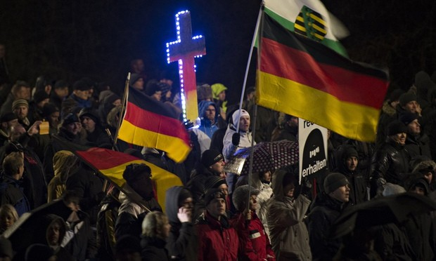 Pegida-supporters-in-Dres-012