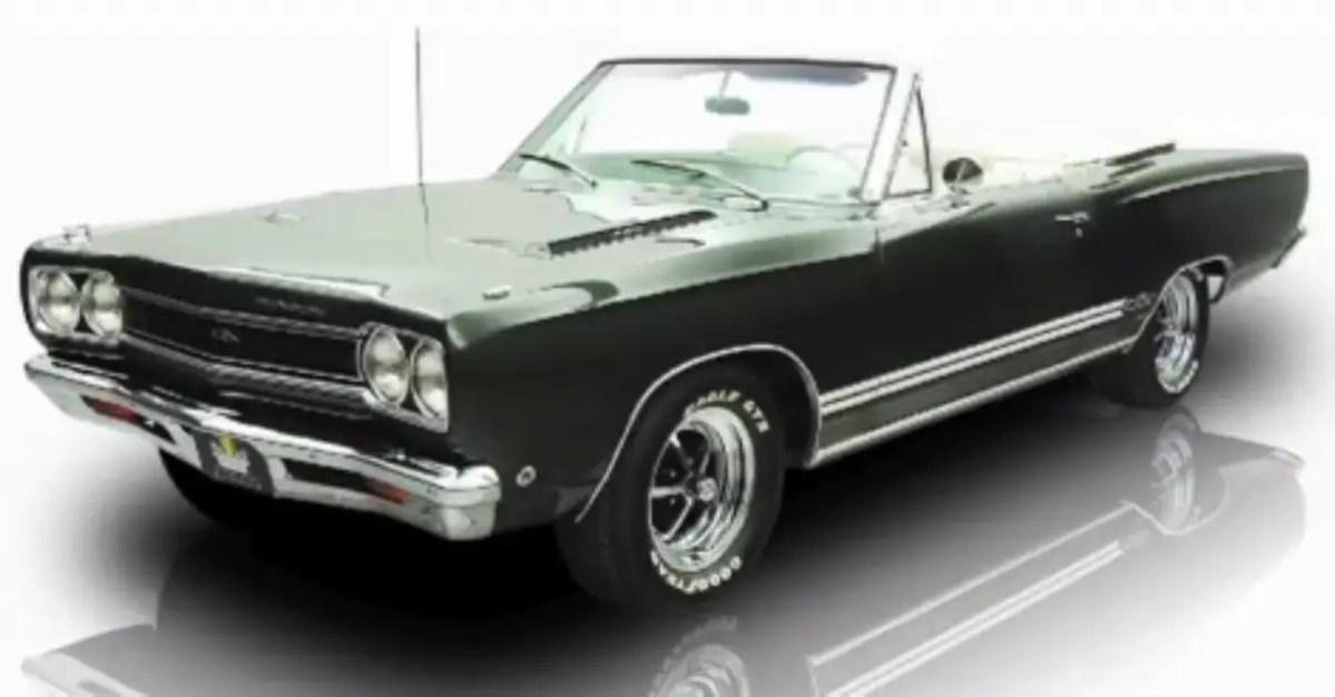 1968 Plymouth GTX mopar muscle car