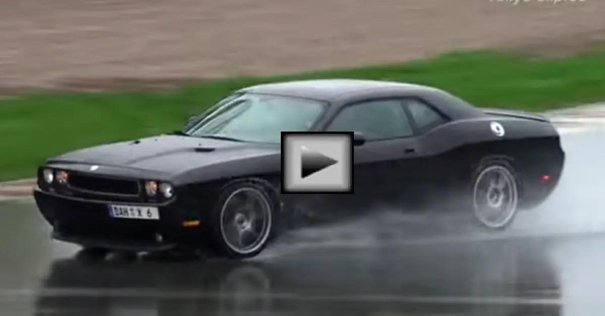 Dodge Challenger SRT8 Drift mopar muscle car