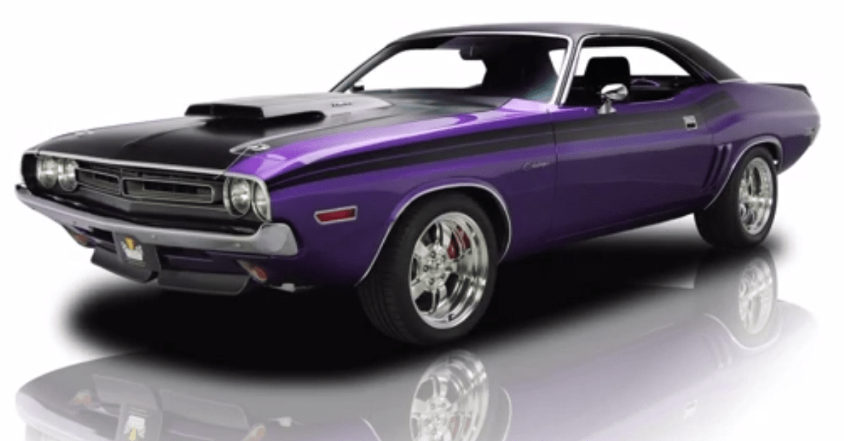 1971 Dodge Challenger RT Mopar muscle car