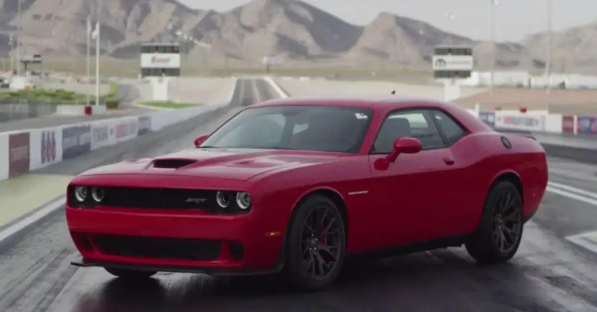 2015 Dodge Challenger SRT Hellcat mopar muscle car