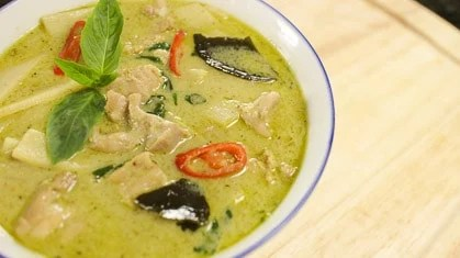 Thai Green Curry Chicken Recipe and Video Tutorial