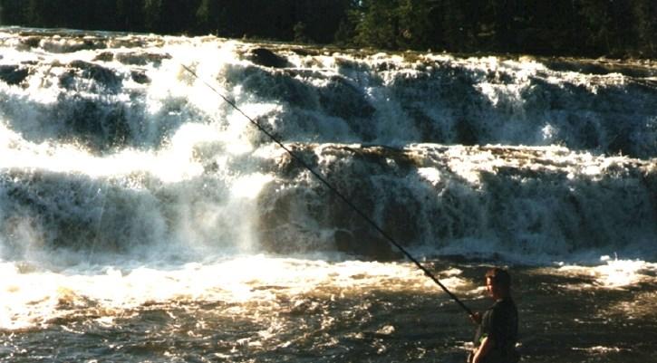Fiske vid Rengsfallet. Foto Hotagenkortet