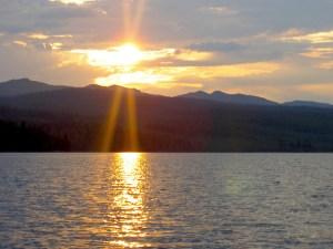 Solnedgång över Stor-Kingen. Foto Maritha Grelsson