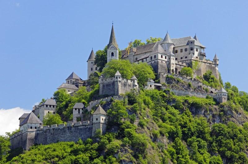 Impresionantes castillos alrededor del mundo - hotbook-710