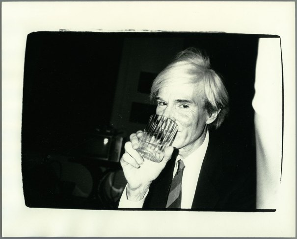 ANDY-WARHOL-Hotbook