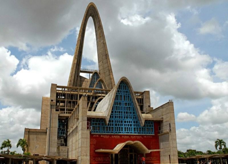 IGLESIAS DESLUMBRANTES EN EL MUNDO - iglesias_03-1024x738