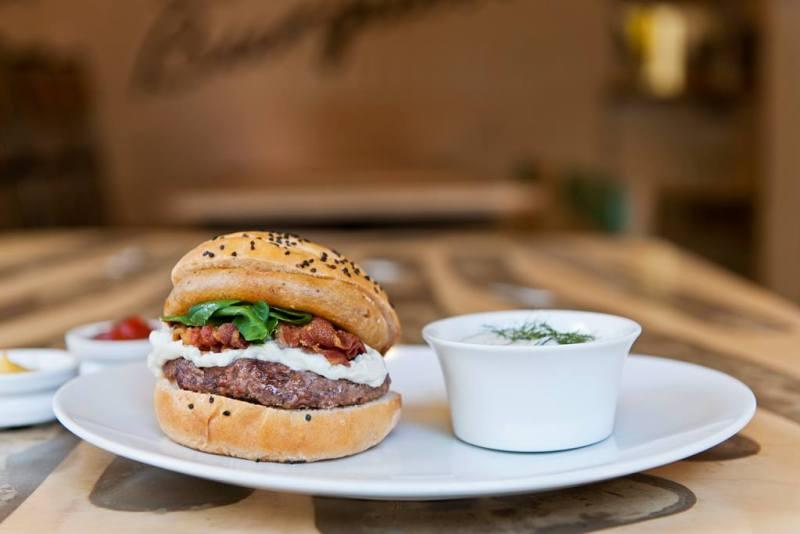 La lista de las mejores hamburguesas del DF continúa - burguesa