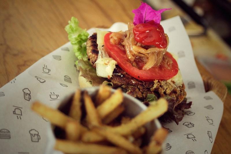 La lista de las mejores hamburguesas del DF continúa - hamburguesas-3