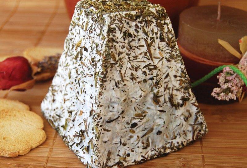 Los 5 mejores quesos de Francia by Guy Le Petit Gourmand - pyramid