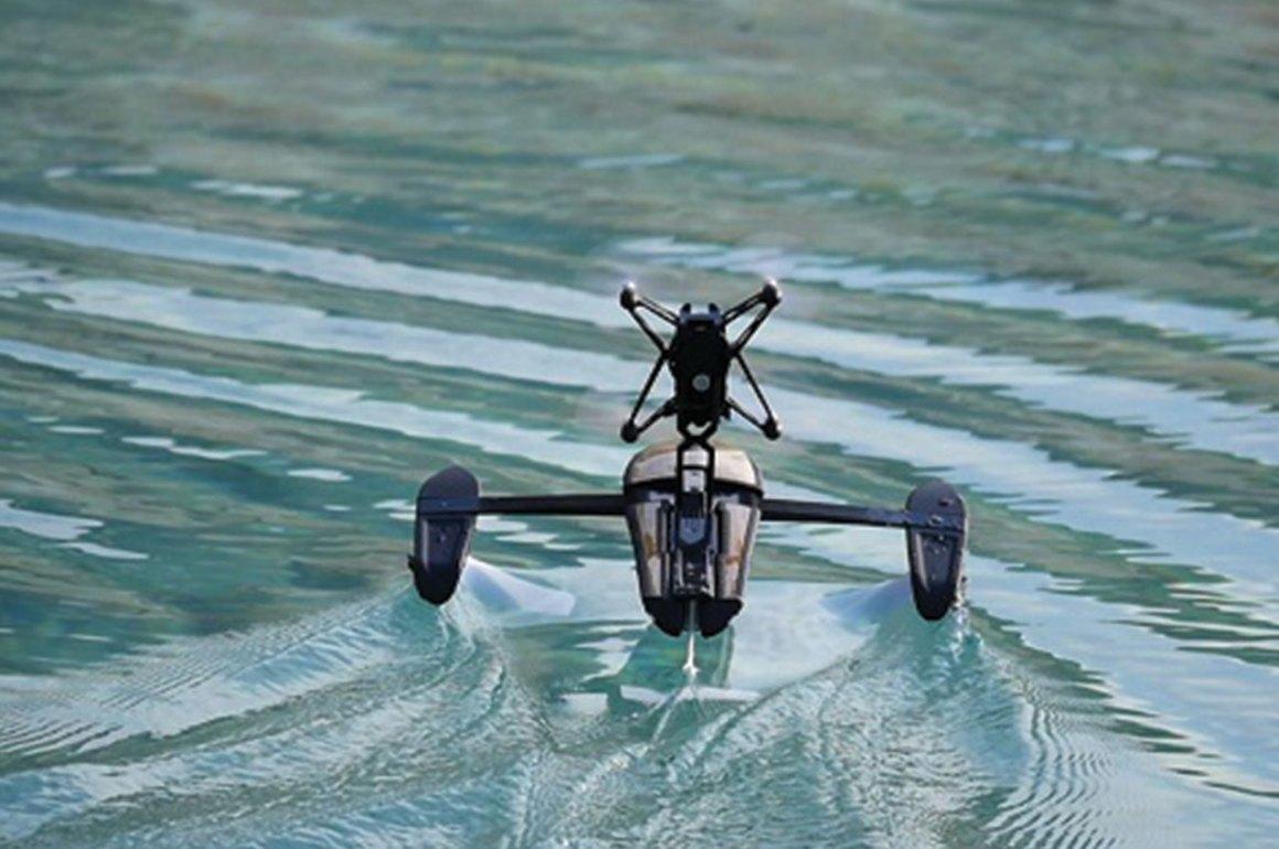 5 videos de increíbles drones - drones_agua