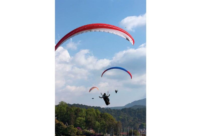 Volar en parapente en Valle de Bravo - valle2-1024x696