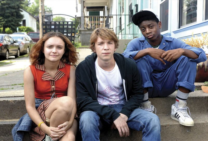 http://www.independent.co.uk/arts-entertainment/films/reviews/me-and-earl-and-the-dying-girl-movie-review-witty-zesty-film-leaves-the-fault-in-our-stars-flailing-10484793.html